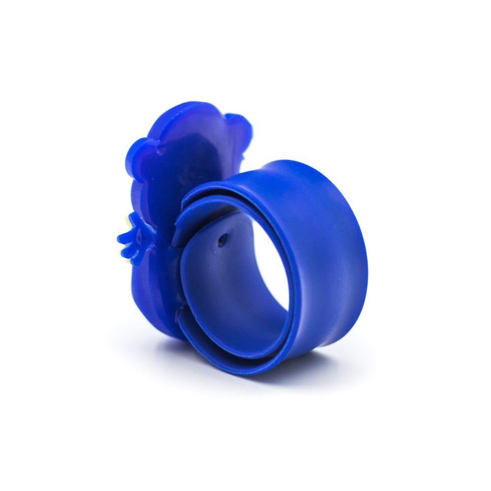 maimuta albastra ceas