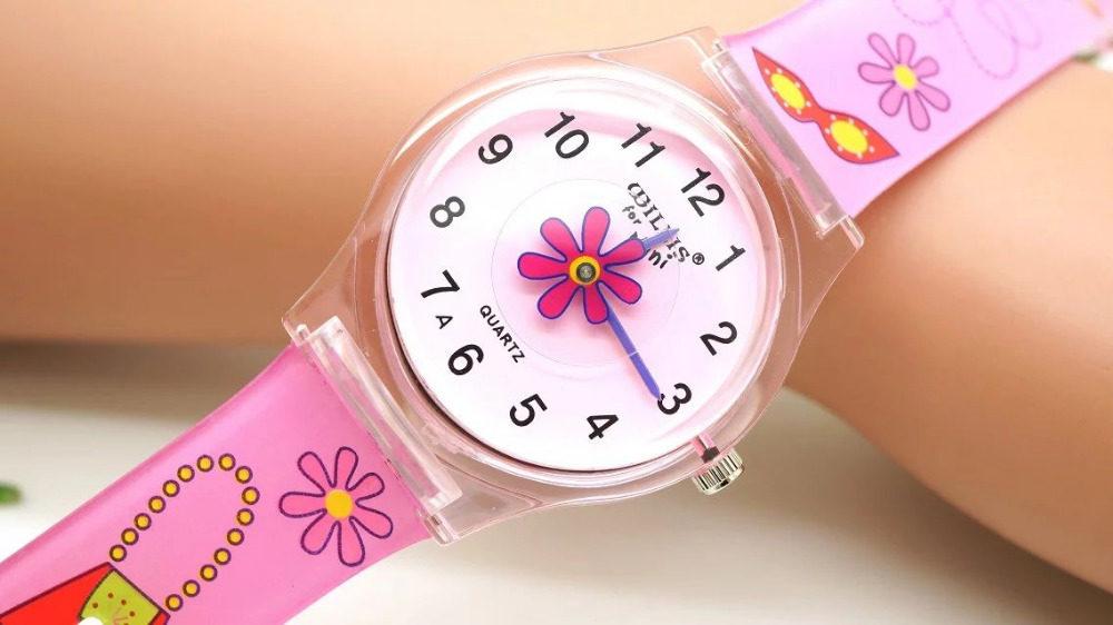 ceas cu flori fete